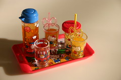 Hello Kitty is offering up some drinks (lili_mini) Tags: toys miniature hellokitty mini cups drinks rement trap straws refreshments