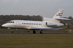 HB-IGI - 83 - Cat Aviation - Dassault Falcon 900EX - Luton - 091111 - Steven Gray - IMG_4498