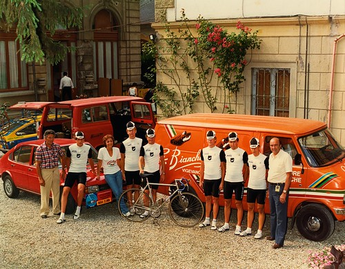 New Zealand cycling team in Italy
