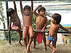 Embera children at play, Panama (ali eminov) Tags: tribalpeople indigenouspeople embera emberaofpanama children loincloths katuma panama