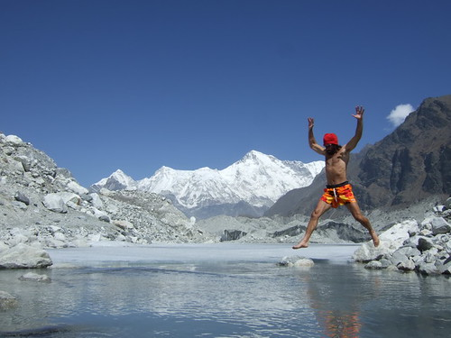 Eric Lon flying, Cho Oyu, Everest region, Nepal