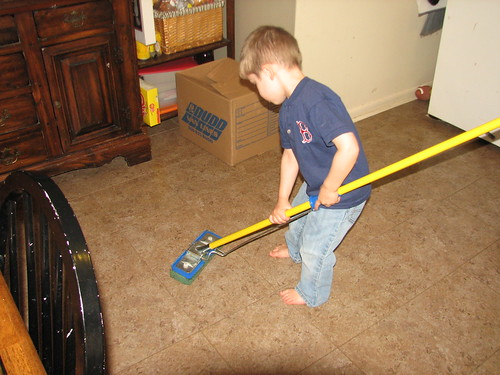 Sir O mopping