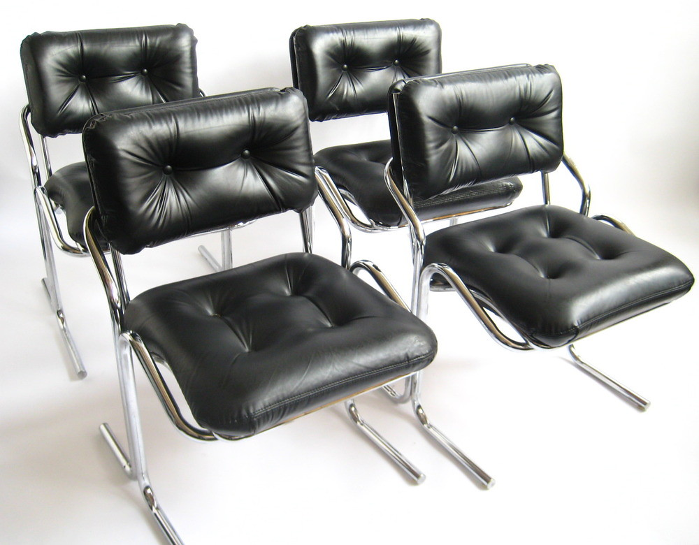 blackchairs