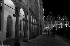 IMG_5911 (cachalo60) Tags: arras noel nuit night canon1000d canon tamron architecture place noiretblanc nb