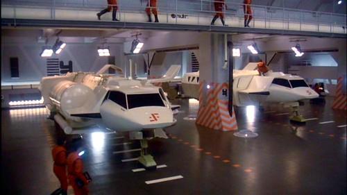 V La Miniserie - Hangar Nave Nodriza (5)