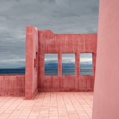 Pink Wall (Julio López Saguar) Tags: pink sea españa window clouds ventana mar spain rosa nubes tenerife canaryislands nofi islascanarias photooftheday juliolópezsaguar travelsofhomerodyssey