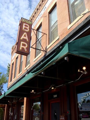 Lander Bar & Grill