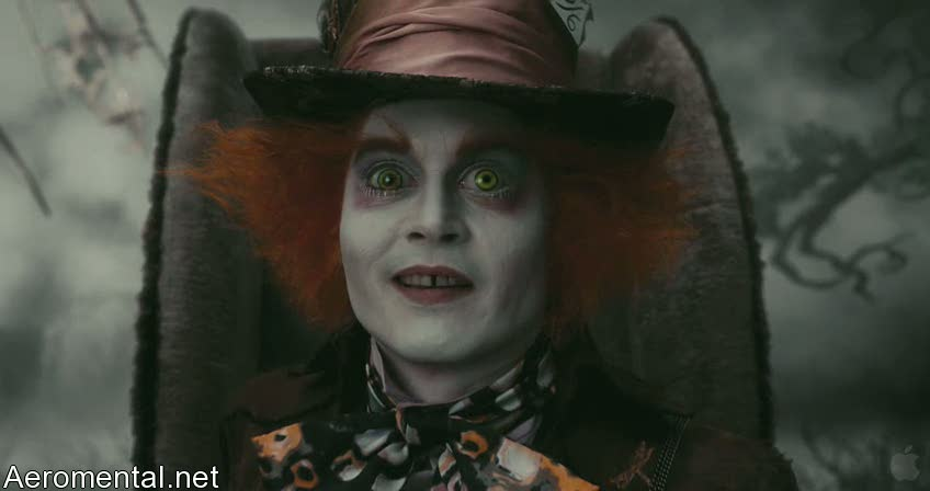 Alice in Wonderland Mad Hatter eyes