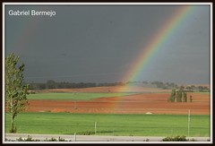 Multicolor (Gabriel Bermejo Muñoz) Tags: iris españa naturaleza storm nature rain arcoiris lluvia rainbow spain europa europe tormenta arco multicolor campos cuenca castilla gabrielbermejomuñoz