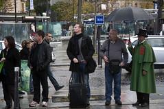 France - Paris 75014 (Thierry B) Tags: paris france photography photo frankreich europa europe ledefrance dr frana fr francia iledefrance parijs idf pars  parigi  pras europen photographies 75014      horizontales europedelouest       php    westeurope  thierrybeauvir  beauvir wwwbeauvircom droitsrservs   20091107