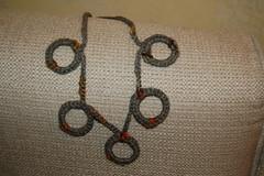 DSC_0013 (elisabetta mastrosimone) Tags: con collane ciondoli uncinetto cotone portatovaglioli alluncinetto creazioniinlanaecotorechochetvasi