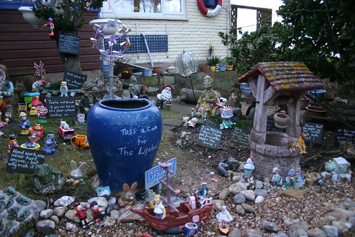 Front Yard Display, near The Needles