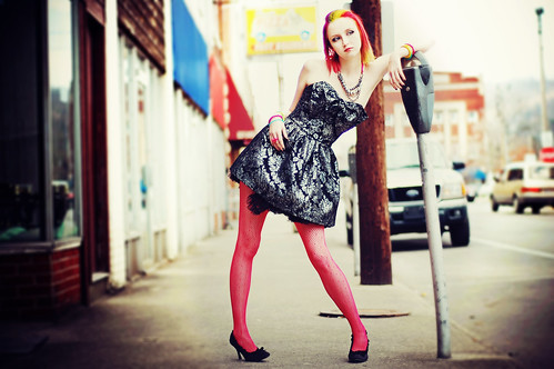 フリー画像| 人物写真| 女性ポートレイト| 白人女性| ドレス|       フリー素材|