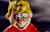 Petit sujet sale_HDR (lucbarre) Tags: jouet jouets saleté sale plastique hdr photo intérieur flash nikon d500