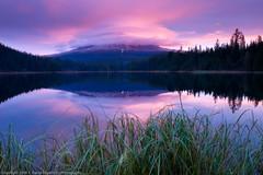 Trillium Lake, Mt Hood Sunrise (dedge555) Tags: reflection sunrise trillium nikon mthood nikkor 30secondexposure trilliumlake 2470mm d700 nikond700 2470mmf28g afsnikkor2470mmf28ged varinduo