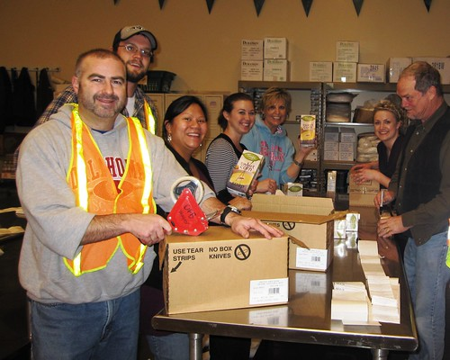Oregon Food Bank - KEEN Volunteers