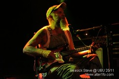 Seasick Steve @ UBU 01 (alter1fo) Tags: concert bluegrass gig blues atm 2009 rennes ubu seasicksteve alter1focom marcloret