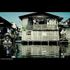 Artex Compound: A waterworld village (maraculio) Tags: artphotography malaboncity georgyporgy camanava maraculio panghulo terencegreentongco artexcompoundawaterworldvillage bakedbangus