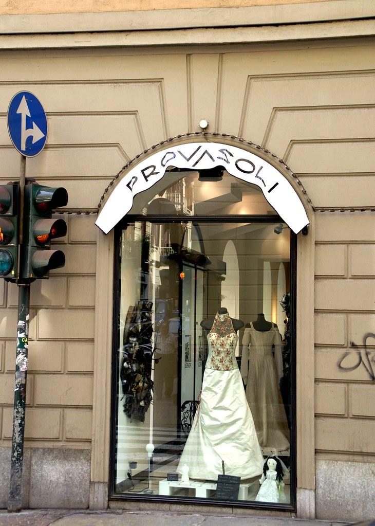 Torino, Via Carlo Alberto, Brautmoden (wedding fashion)