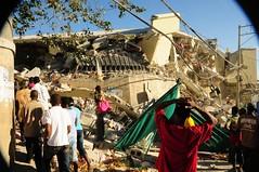 Desastre Dantesco, Haíti ( este era super Caribbean market) (AbcFotoVideo) Tags: en haiti terremoto desatredantescohaiti