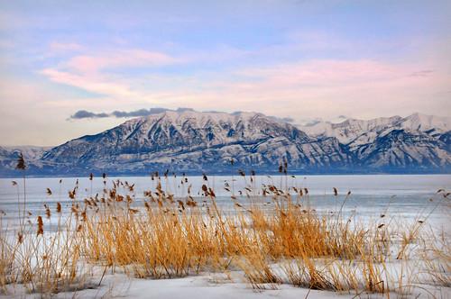 Utah lake looking east from saratoga springs marina