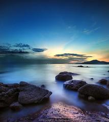 Colorful Scenery~Subhanallah (mr_fairuz) Tags: light sunset sea sky seascape water rocks serenity colourful teluk 2010 batik perak fairuz darul ridwan manjung zilzal sitiawan