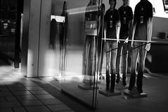 48/365 (Apple People are Skinnier than Me) (David Van Chu) Tags: people apple bar mall out store cut cardboard genius cutouts thin skinnier 35mmf18g nikond5000