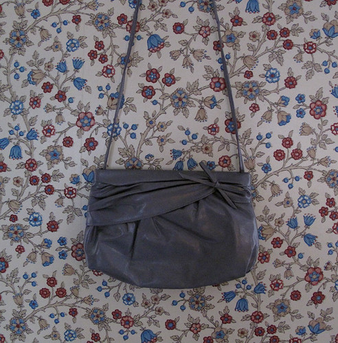 vintage grey bow purse