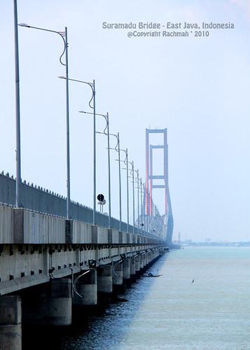 Jembatan SURAMADU - Surabaya Madura
