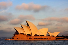 Late Afternoon Light - Sydney Opera House (Black Diamond Images) Tags: sunset sydney australia nsw boardwalk parkhyatt therocks picnik sydneyoperahouse bennelongpoint lateafternoonlight dawespoint blackdiamondimages earthhour2010