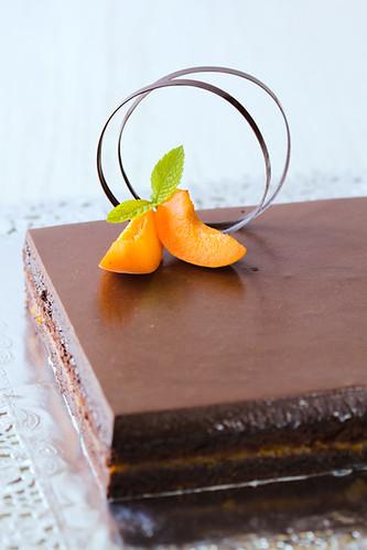 Pastís d'albercoc i xocolata
