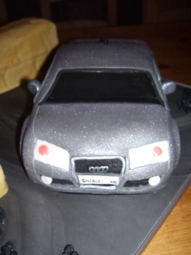 audi sr4 car and policewoman cake