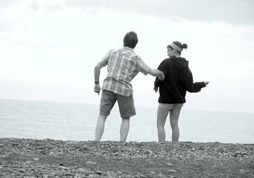 greg & josie skipping rocks