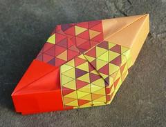 Rautenschachtel von Tomoko Fuse (Tagfalter) Tags: origami box tomokofuse
