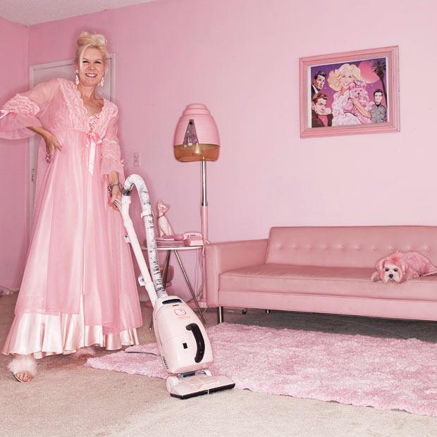 04_pink-hoover_1515527i