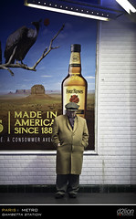 SERIAL METRO_008 (euskadi 69) Tags: paris bottle desert oldman vulture fullframe m3 floorlamp lampadaire bouteille 135f2 vautour personneagee whiskypub pleinformat gambettastation fourrosespub wchurchill