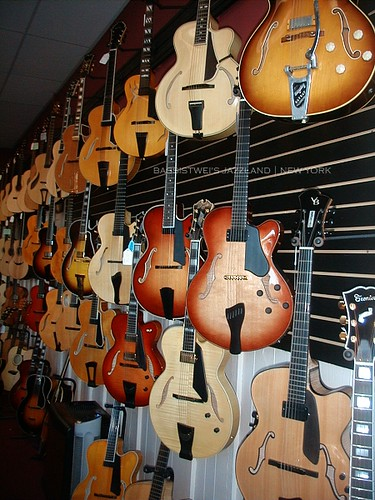Golden Age Fretted Instruments 05