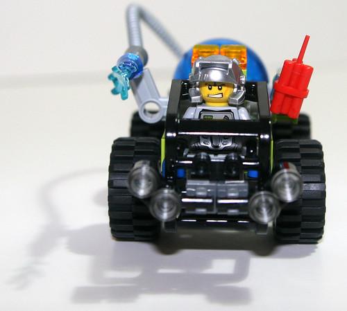 2010 LEGO - Power Miners 8188 Fire Blaster