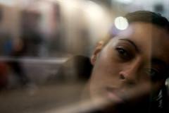 Fille en mtropolitain - Paris 3 (Donato Buccella / sibemolle) Tags: street italy paris colors girl reflections underground metro candid explore frontpage 50mm18 canon400d sibemolle fotografinewitaliangeneration fotografiastradale