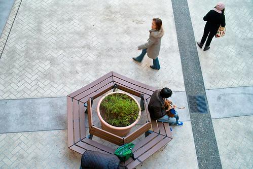 アウトレットの中庭