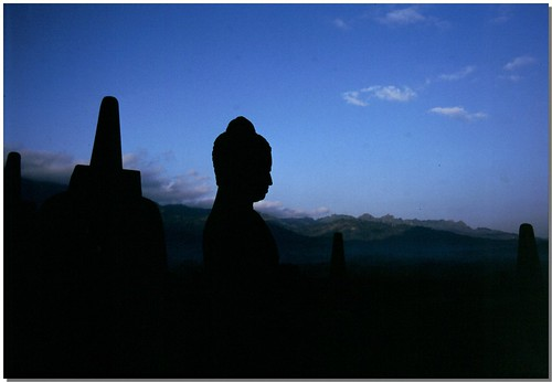 """Borobudur [12] • <a style=""""font-size:0.8em;"""" href=""""http://www.flickr.com/photos/49106436@N00/4330409150/"""" target=""""_blank"""">View on Flickr</a>"""