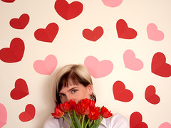 Red flowers and red hearts (Rachael Ashe) Tags: friends people portraits hearts susie valentinesday supersusie valentinesday2010