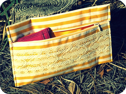 lacey yellow stripe
