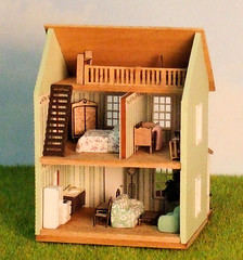 1/144th scale Cottage with Loft