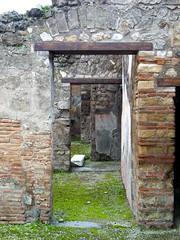 Pompeii doorways