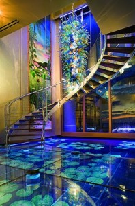 Acqua Liana's grand staircase and 'water floor' (via Green Light Reflections)