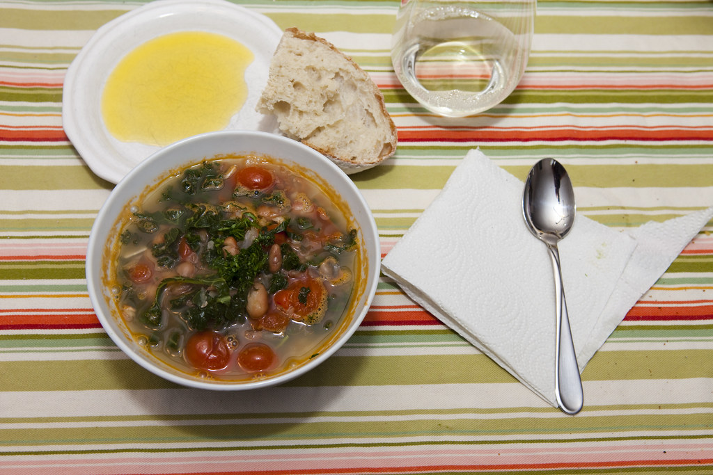 Cranberry Bean and Kale Soup
