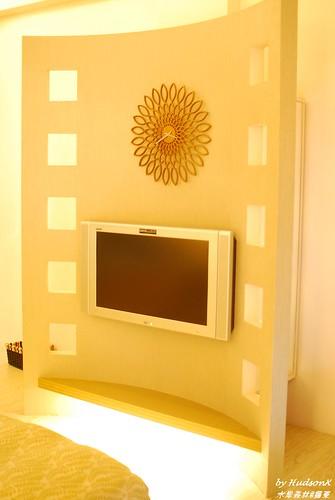 床尾有大電視