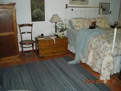 "26(b) Ilex carpet and soft mohair throw in a bedroom • <a style=""font-size:0.8em;"" href=""http://www.flickr.com/photos/10854591@N06/4520009871/"" target=""_blank"">View on Flickr</a>"