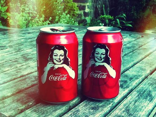 <span>edimburgo</span>Coca Cola<br><br>Grafica vintage<p class='tag'>tag:<br/>design | cibo | edimburgo | </p>
